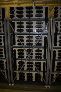 Дата-центр IMAQLIQ - белые аккумуляторы